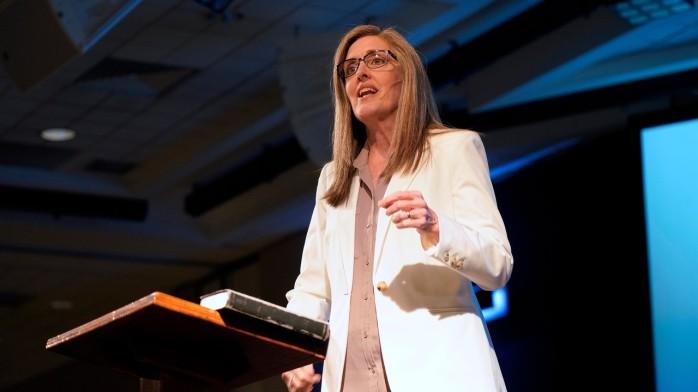 Carolyn-preaching-2019